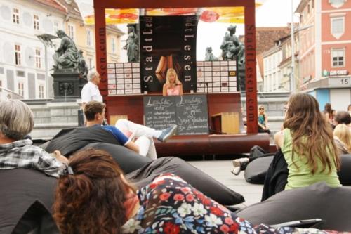 Isolde beim Stadtlesen 2012